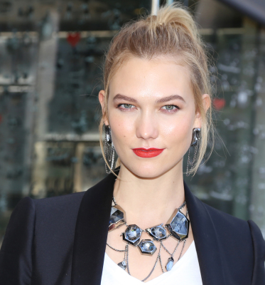 Karlie Kloss is wearing Atelier Swarovski by Jean Paul Gaultier.